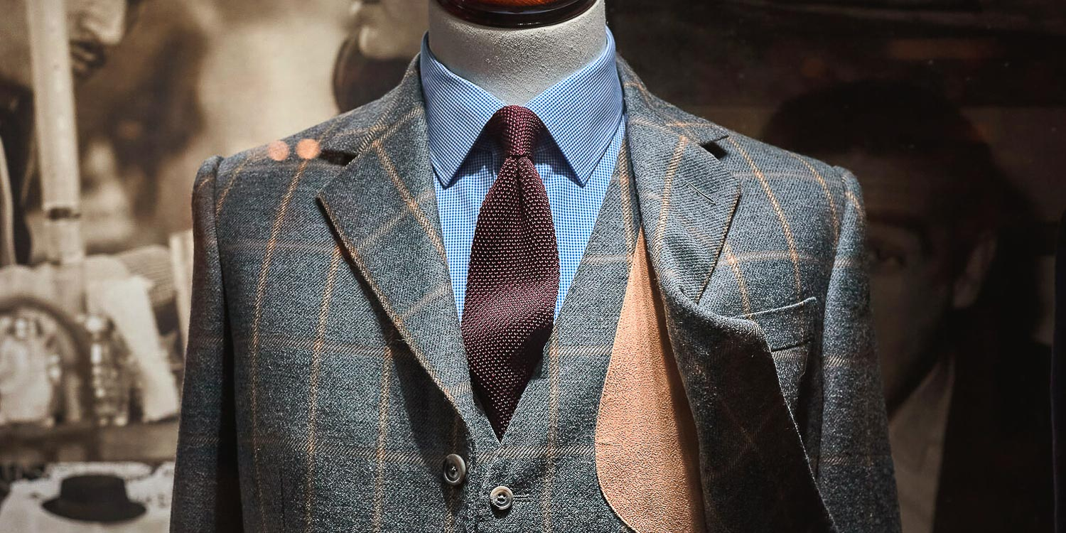 The Difference Between Full & Semi Bespoke Suits