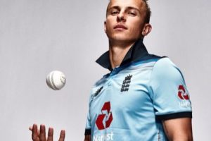Tom Curran Signs on with McCann.